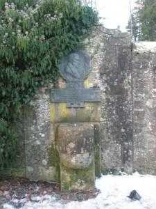 Robert Allan Well Memorial